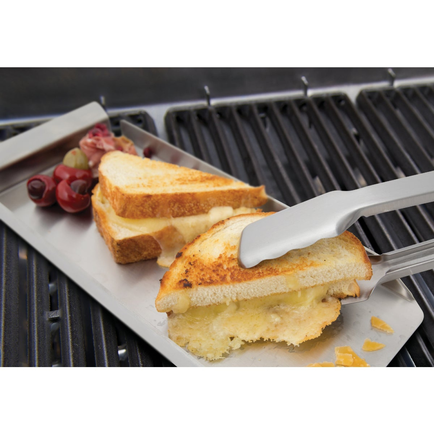 Broil King Baron Series Stainless Steel 4-Piece BBQ Tool Set Image 3